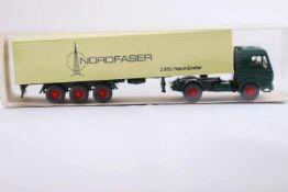 "Wiking 24542 MB 1626 Sattelzug, ""Nordfaser"", neuwertig, OVP- - -20.00 % buyer's premium on the"