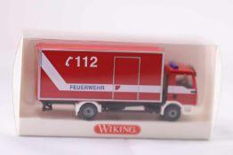 Wiking 6060236 Feuerwehr Koffer-LKW (MAN TGA L), neuwertig, OVP- - -20.00 % buyer's premium on the