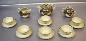 Teeservice15 Teile, für sechs Personen, beigefarben, mit Silberummantelung, FM, 20er Jahre
