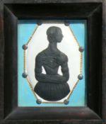 Schatten-Miniatur (1.H.19.Jh.)relief. Damenportrait in Schwarz; den Kopf nach links gewandt;