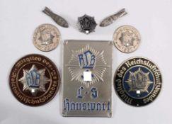 Anstecker, Abzeichen, Türschilde RLB, ReichsluftschutzbundTürschild L-S Hauswart, 2x Mitglied des