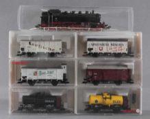 Märklin H0 Dampflok 86 173 mit 6 Fleischmann GüterwaggonsModellnummer der Waggons 5357, 5341,
