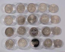 Österreich, 50 Schilling Gedenkmünzen in Lindner Münzbox20 Stück davon 16 in Münzkapseln