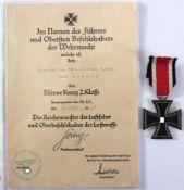 Eiserne Kreuz 2. Klasse mit Verleihungsurkunde von Hermann GöhringVerleihungsurkunde mit original