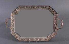 Silbernes Henkeltablett, im Empire-Stil. Friedrich Reusswig, Hanau (1903-1926)800er Silber, Rand mit