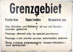 SCHILD GRENZGEBIET, Dt., Engl., Franz. u. kyrillischer Text, Bakelit, 70x50cm