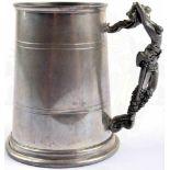 HUMPEN, ca. 0,5 L., Leichtmetall, Griff in plast. Ausführung einer Keltischen Kriegerin, als