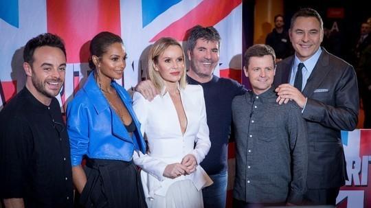 Lot 29 - Amanda Holden's BGT Britain's Got Talent - join Born Free patron and Britain's got talent judge
