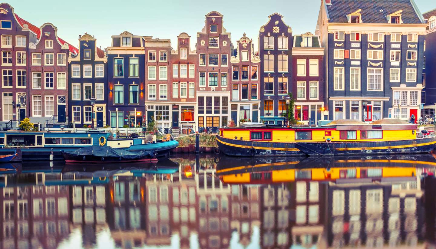 Lot 33 - Explore Amsterdam! Enjoy a long weekend stay for 6 people including flights and accommodation,