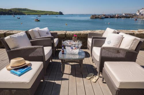 Lot 28 - Cornwall Holiday The Idle Rocks is your place by the sea.