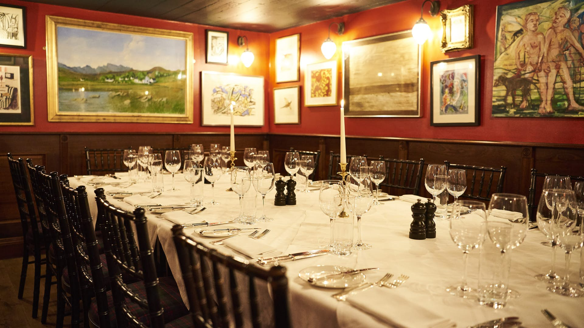 Lot 25 - Stanley Johnson at Boisdale Lunch for 10 at Boisdale, Mayfair hosted by the great Stanley Johnson.