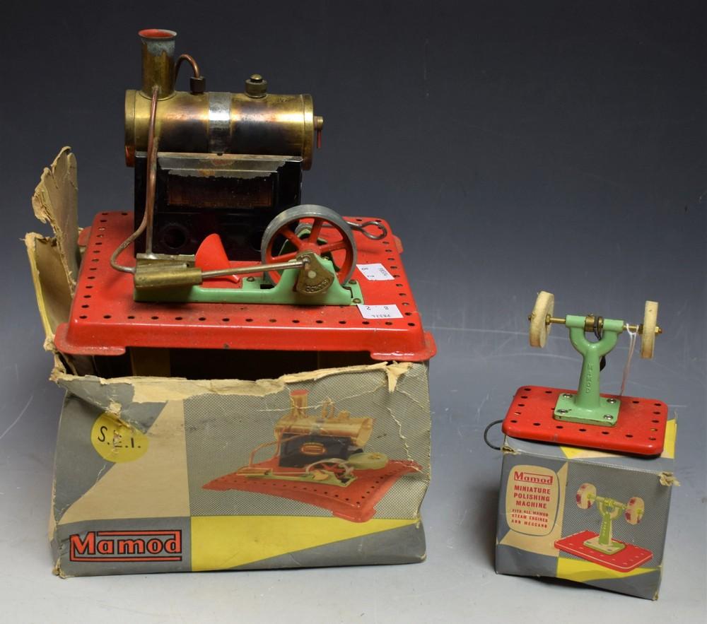 Lot 5013 - A Mamod station steam engine, S.E.