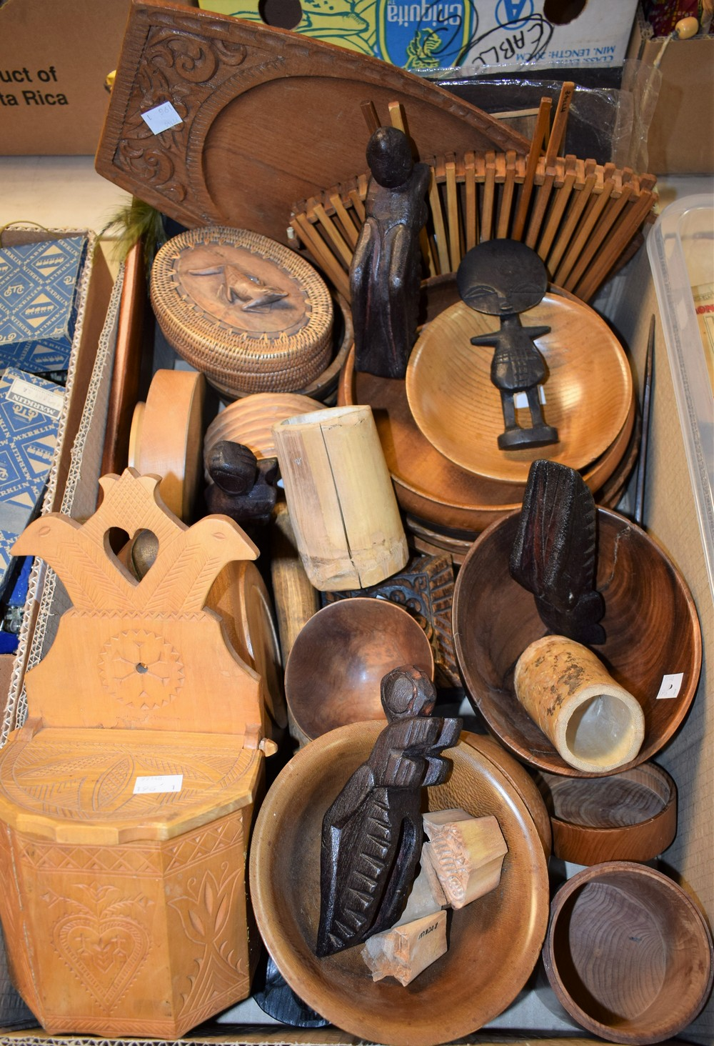 Lot 5059 - Treen - turned wooden bowls,