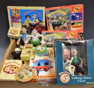 Wallace and Gromit - assorted collectable's including figures, mugs,