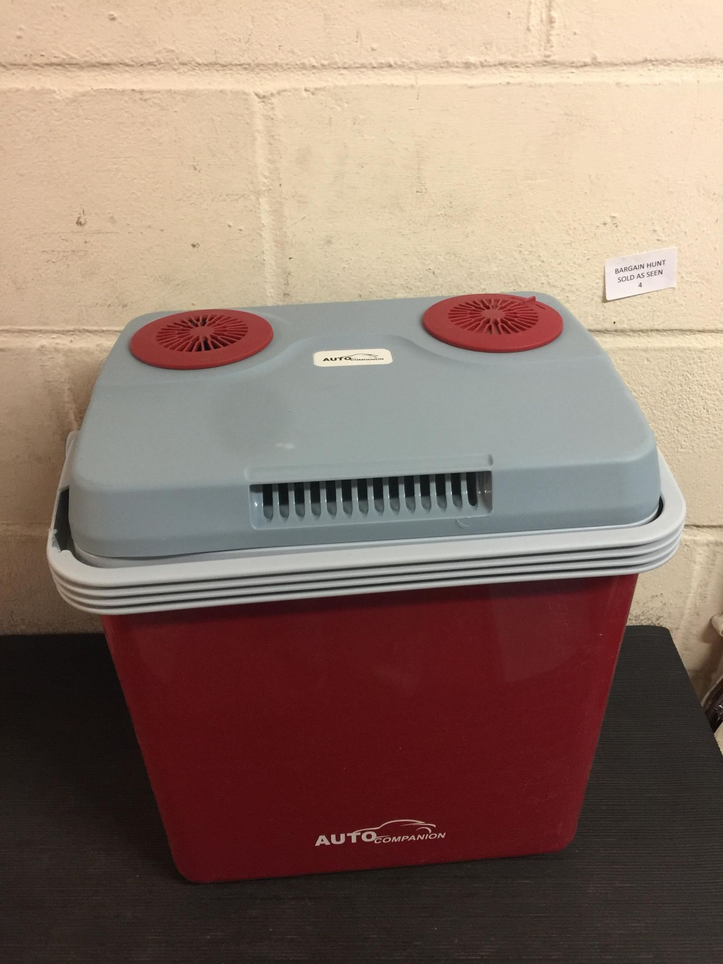 Lot 4 - Auto Companion Coolbox Hot Cold Portable Electric Cool Box (break inside, see image) RRP £64.99