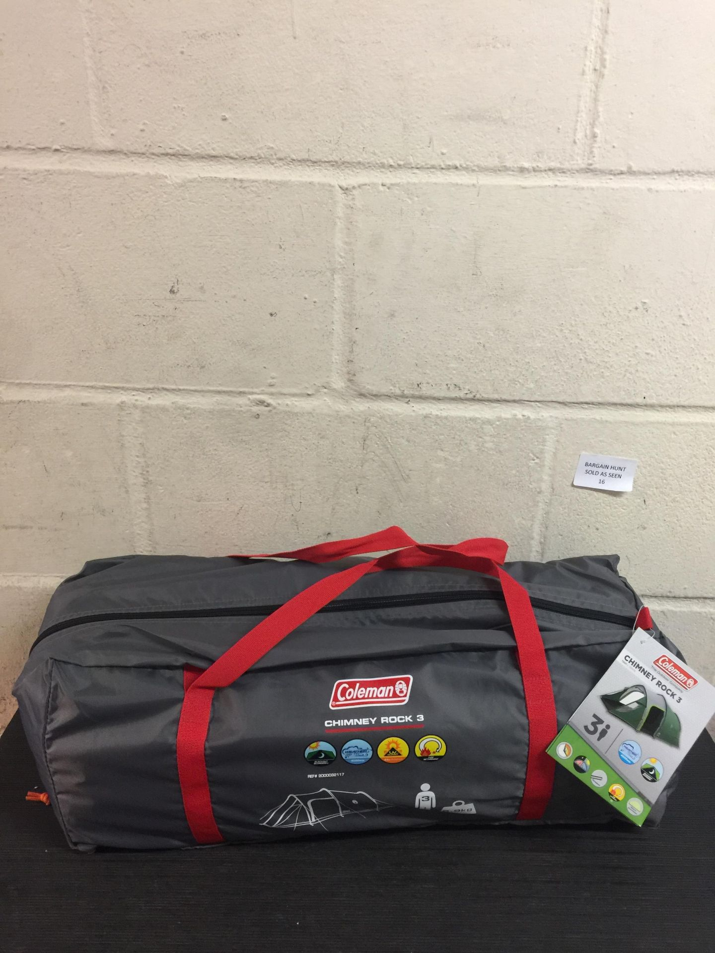 Lot 16 - Coleman Unisex Chimney Rock 3 Plus Tent, Green and Grey RRP £180.99