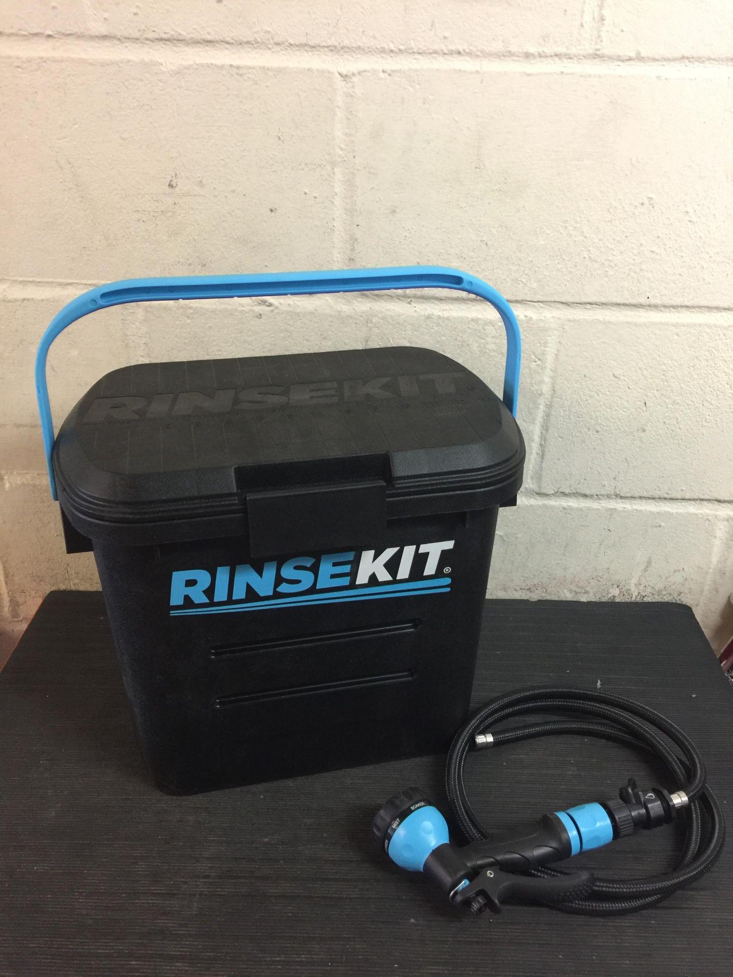 Lot 39 - Rinse Kit Portable Kit - Black (Hose Adapter broken)