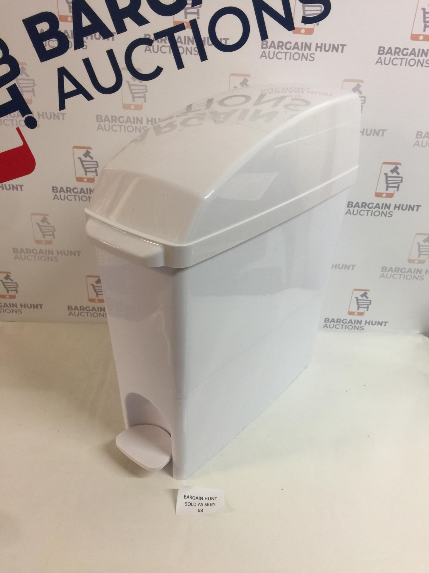 Lotto 68 - C21 Hygiene C21SANW Pedal Operated Sanitary Bin, 15 L, White
