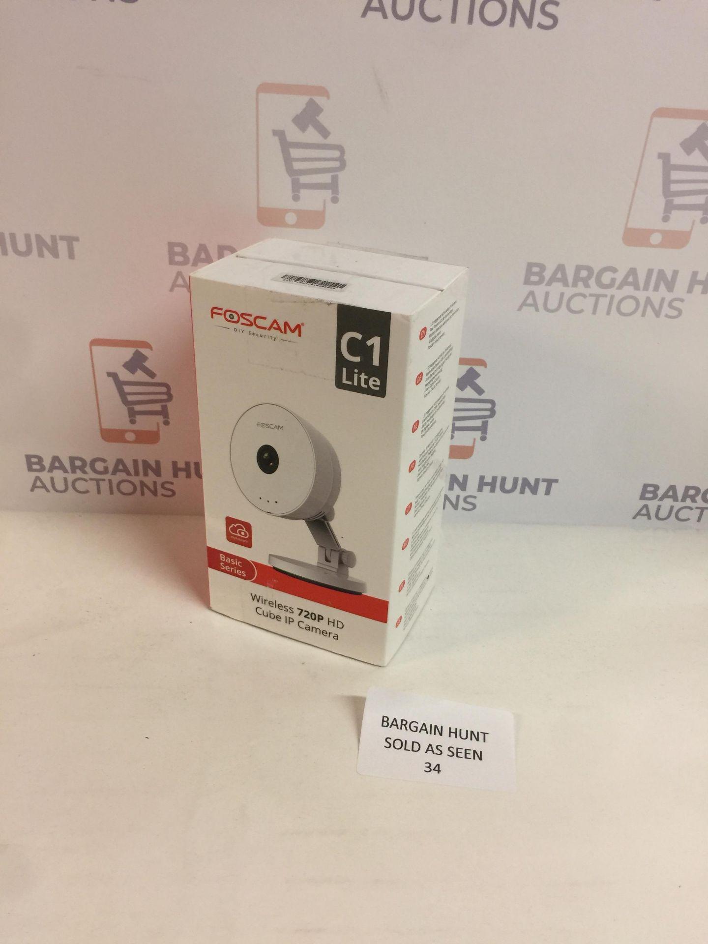 Lot 34 - Foscam C1 Lite 720P Wireless Cube IP Camera