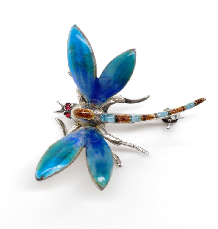Lot 41 - Enamel and sterling silver dragonfly brooch