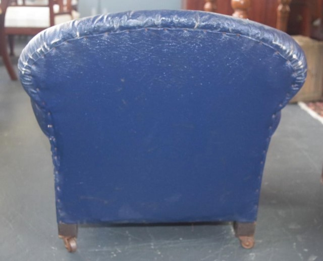 Lot 1786 - Art deco era Hampton style salesman sample chair