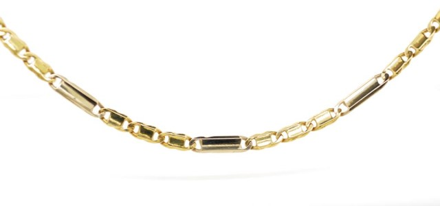 Lot 7 - 18ct yellow gold necklace