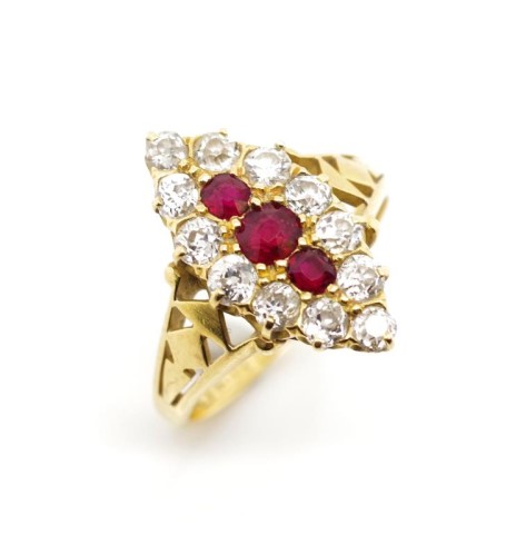 Lot 32 - Victorian ruby, diamond and 18ct yellow gold ring