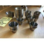Approx. (108) petits receptacles acier inox pour sauces