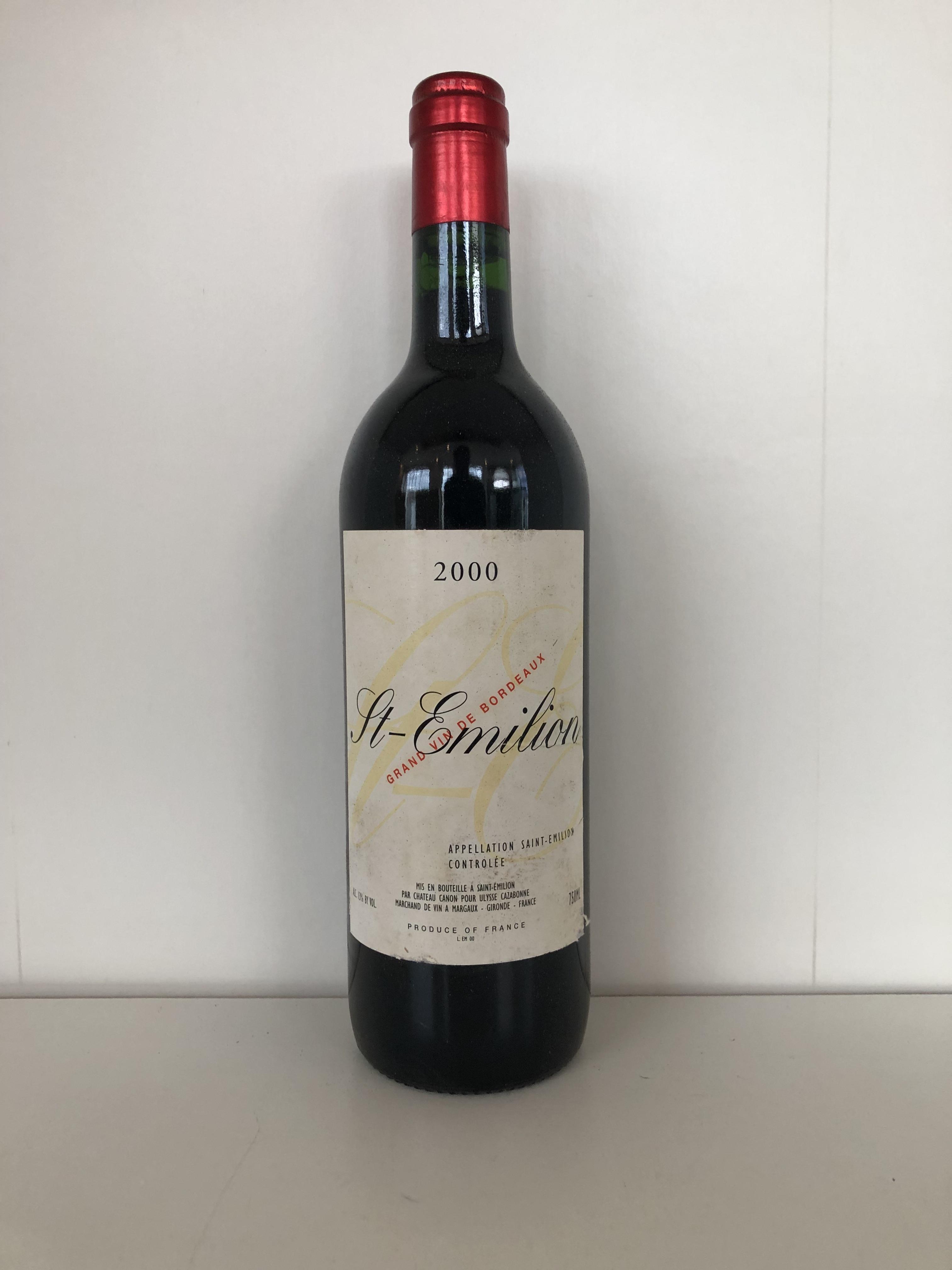 Lot 47 - 2000 Saint Emilion, Ulysses Cazabonne, St Emilion, Bordeaux, France, 12 bottles