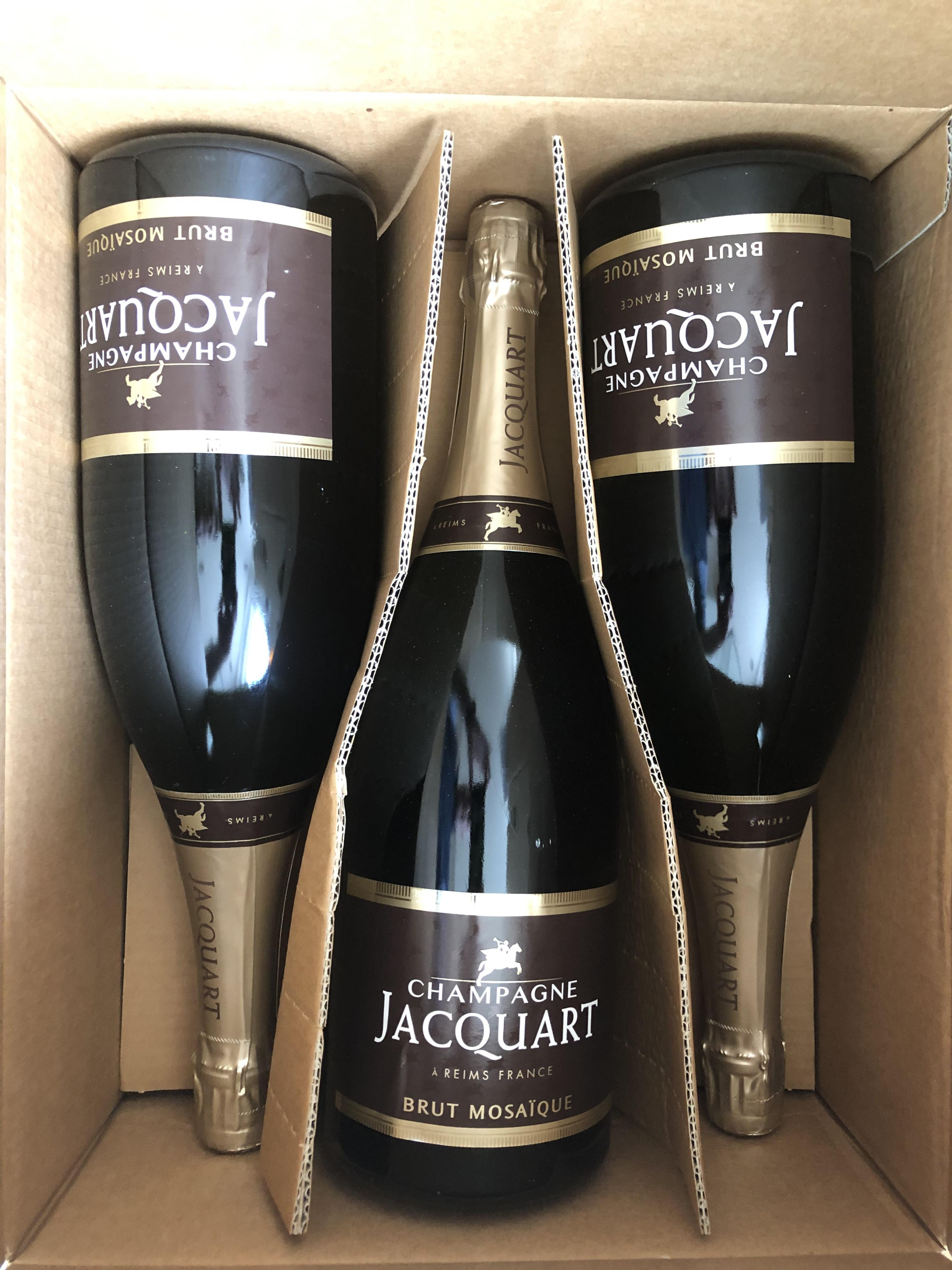 Lot 31 - NV Brut Mosaique, Jacquart, Champagne, France, 3 magnums