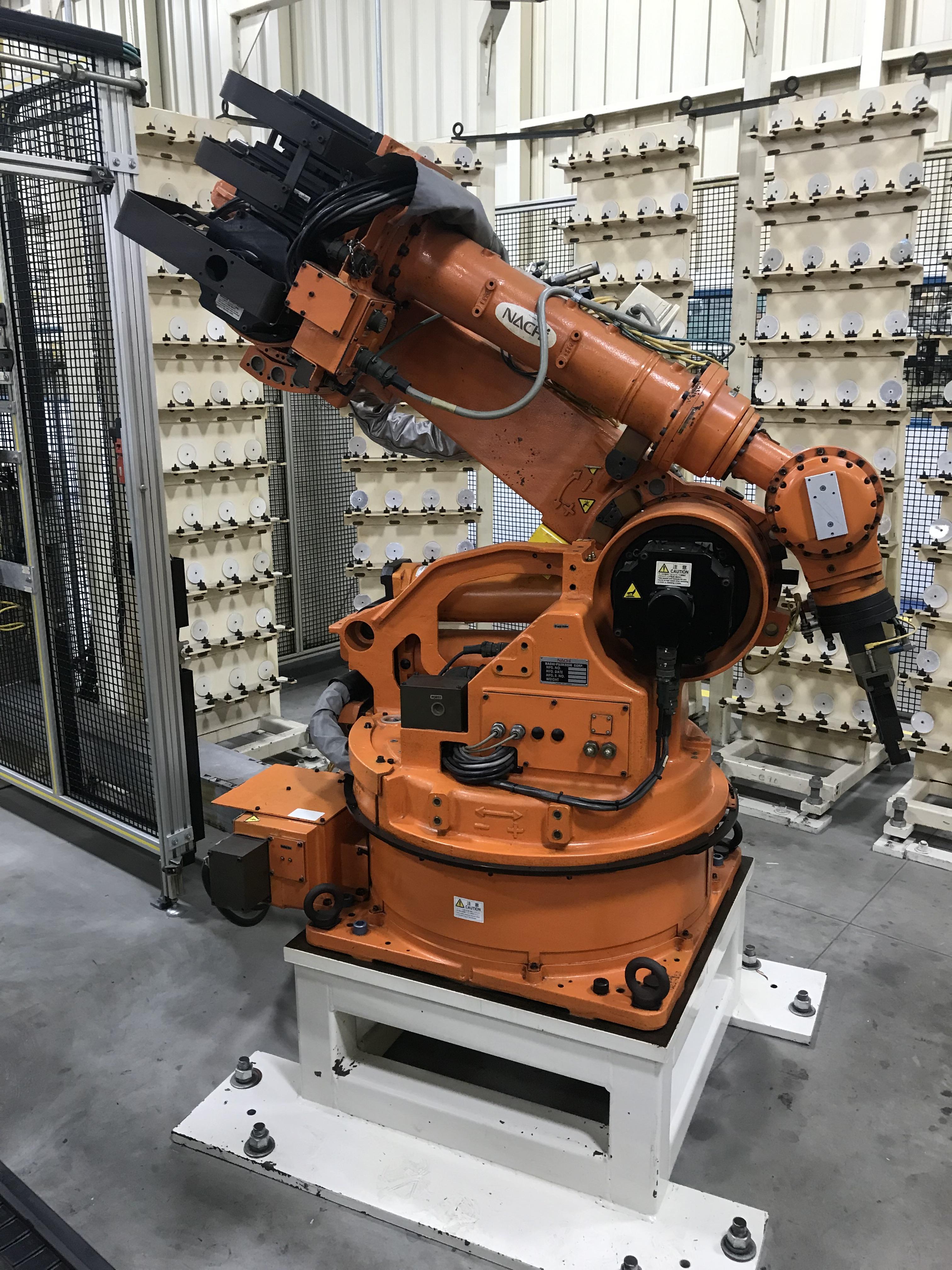 Lot 143 - 2002 Nachi SH-133-01 Robot