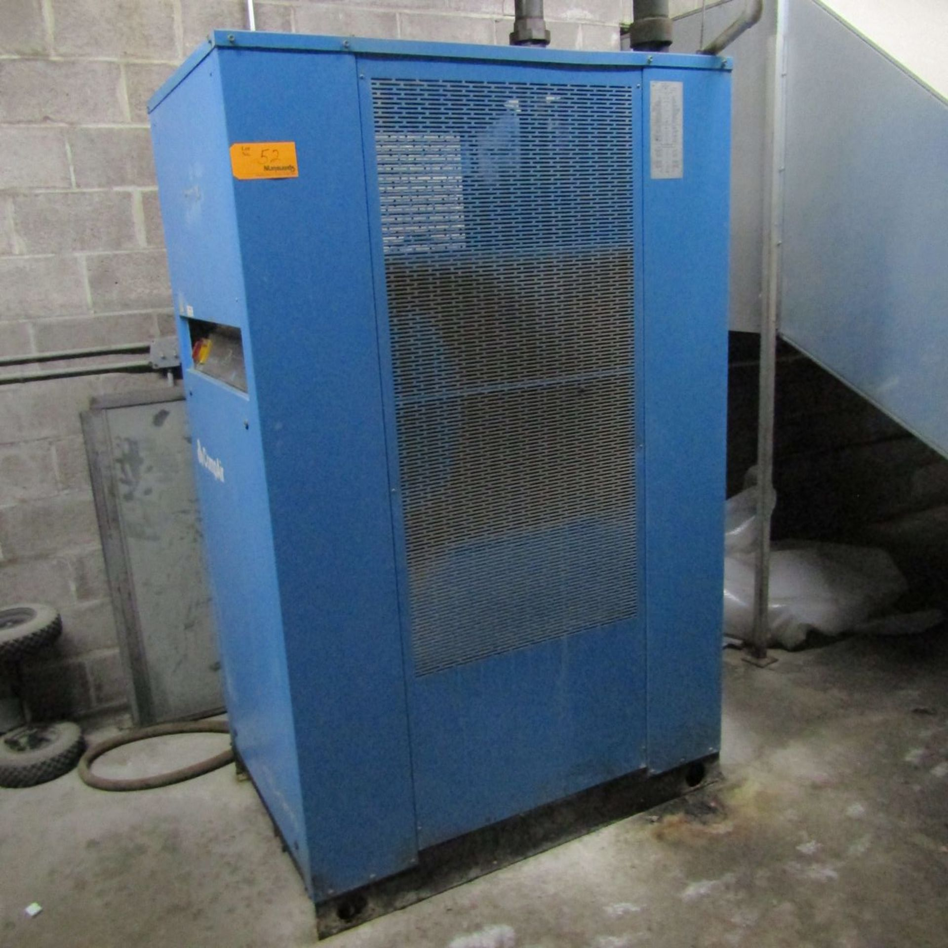 Lot 52 - 2002 Comp Air CTD 800 Air Dryer