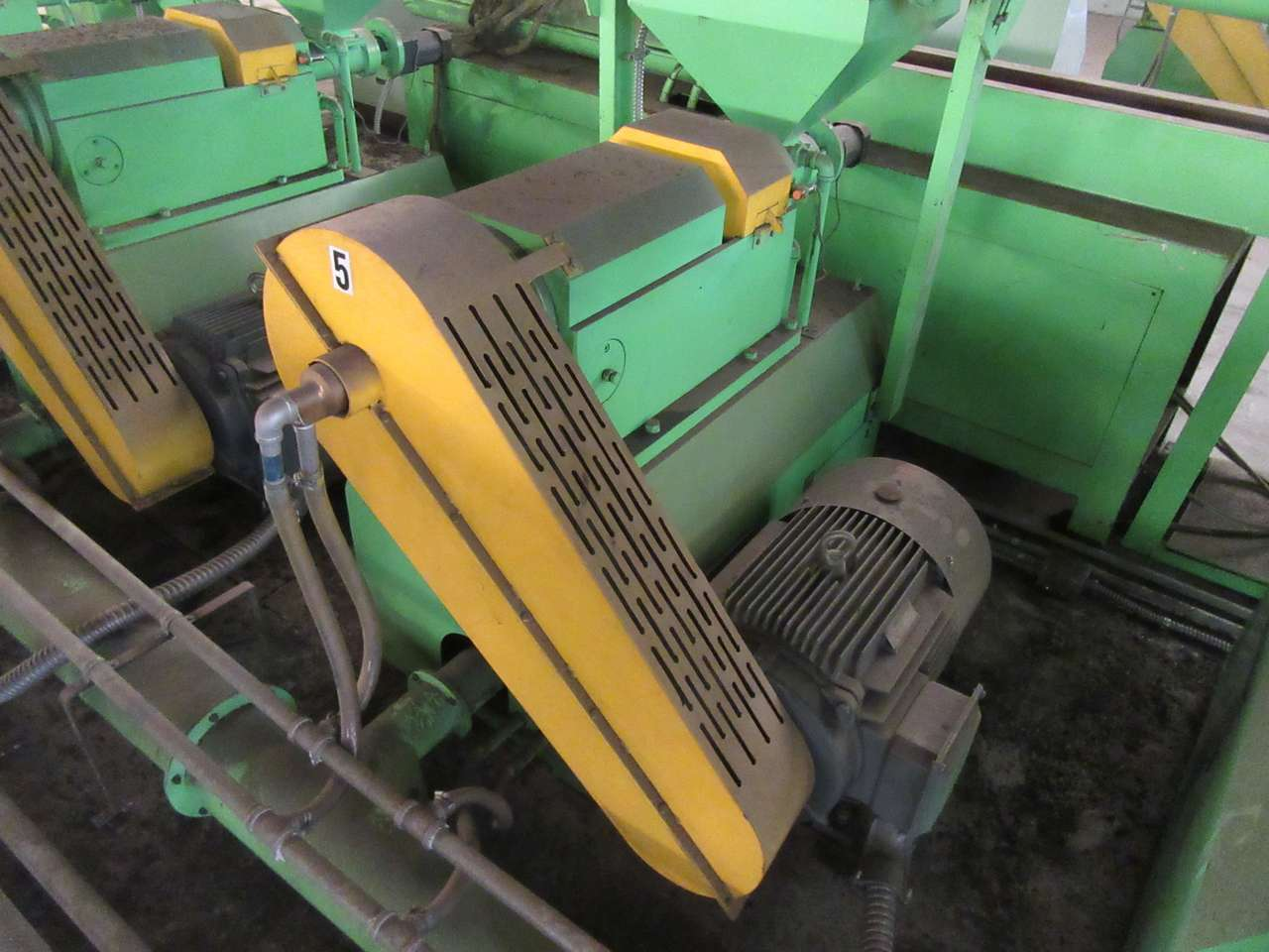Lot 19 - 2014 Jiangyin Jinall International Trade Co. XFJ-280 Micro Grinder
