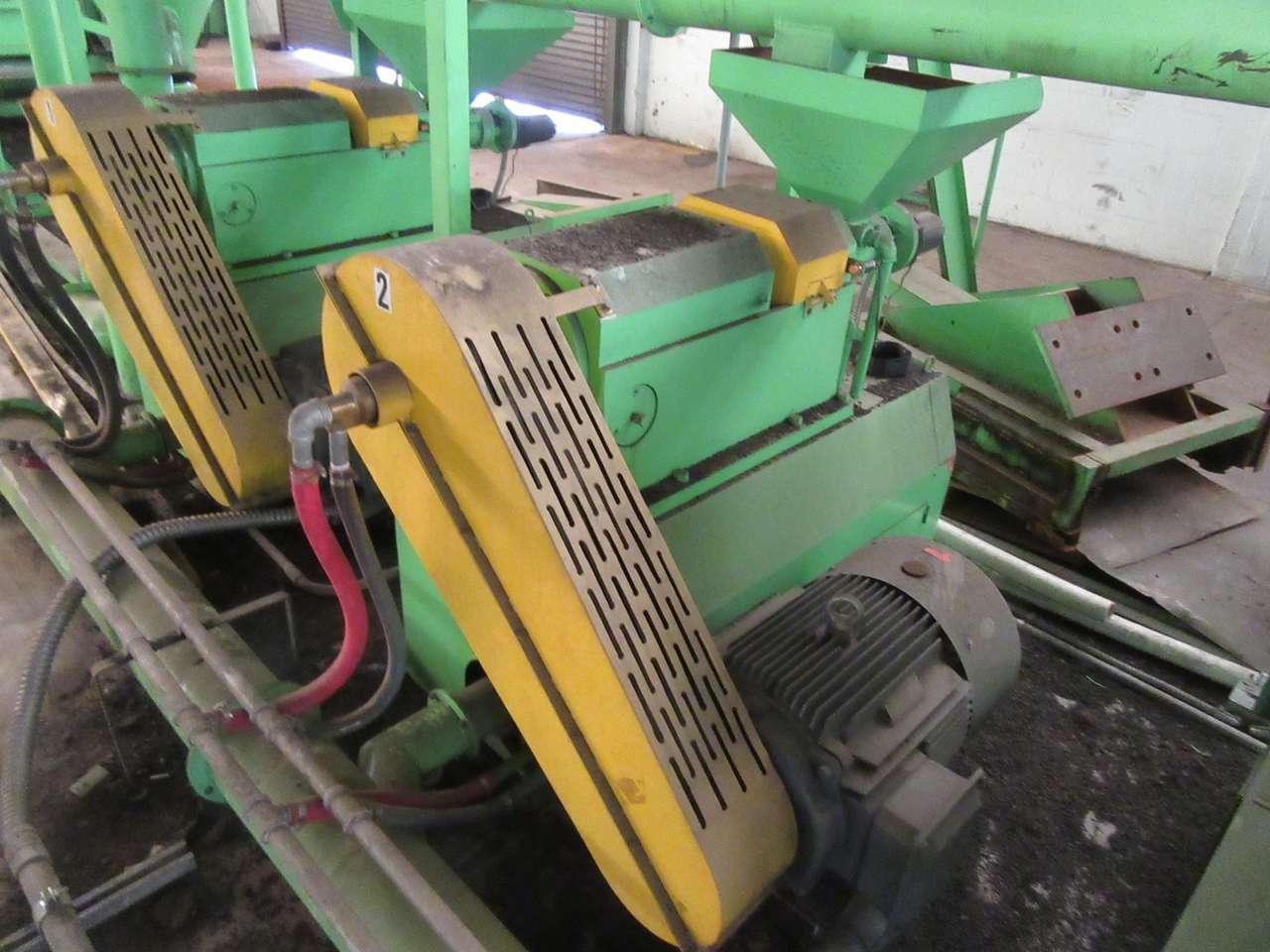 Lot 52 - 2014 Jiangyin Jinall International Trade Co. XFJ-280 Micro Grinder