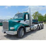 Lot 24 - 2015 Peterbilt 567 Tri/A Truck Tractor, Adjustable Fifth Wheel, Miles: 280,112; Engine: Mfg.-Cummins