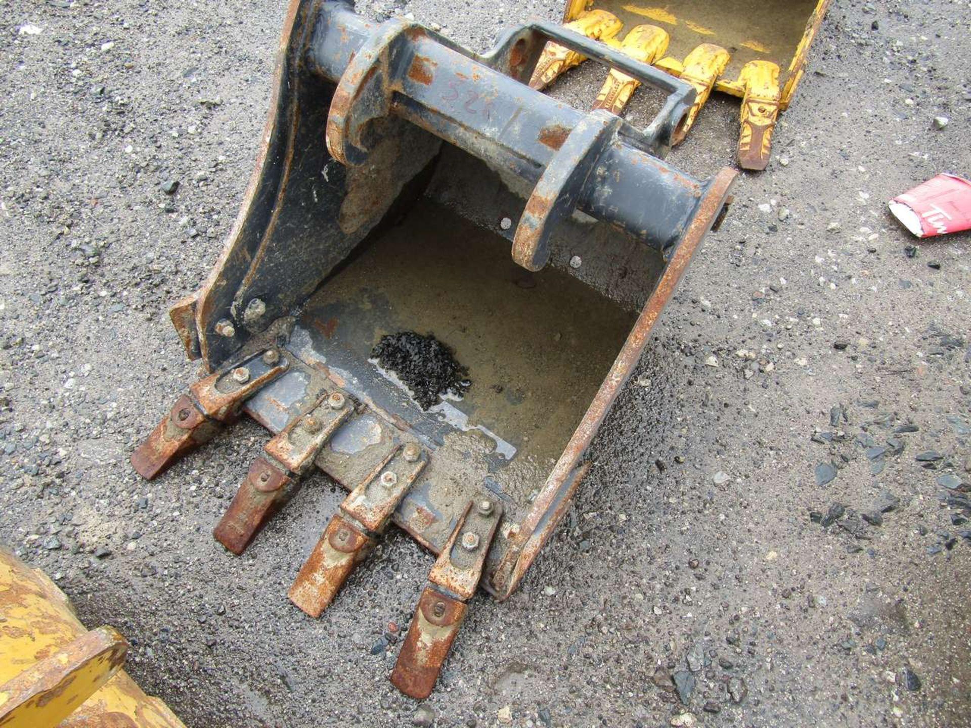 Lot 526 - Excavator Bucket