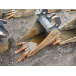 Lot 551 - Excavator Bucket