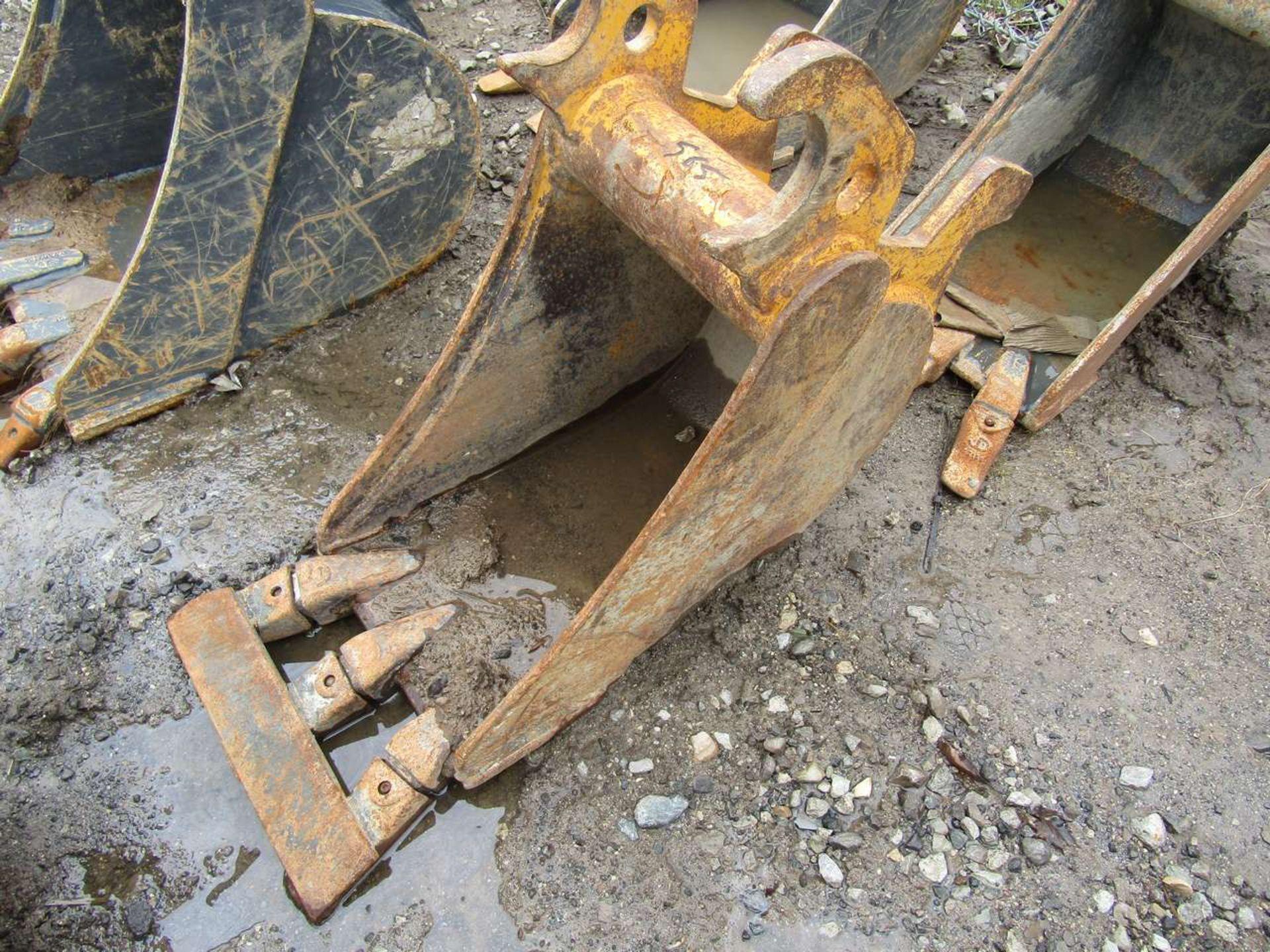 Lot 565 - Excavator Bucket