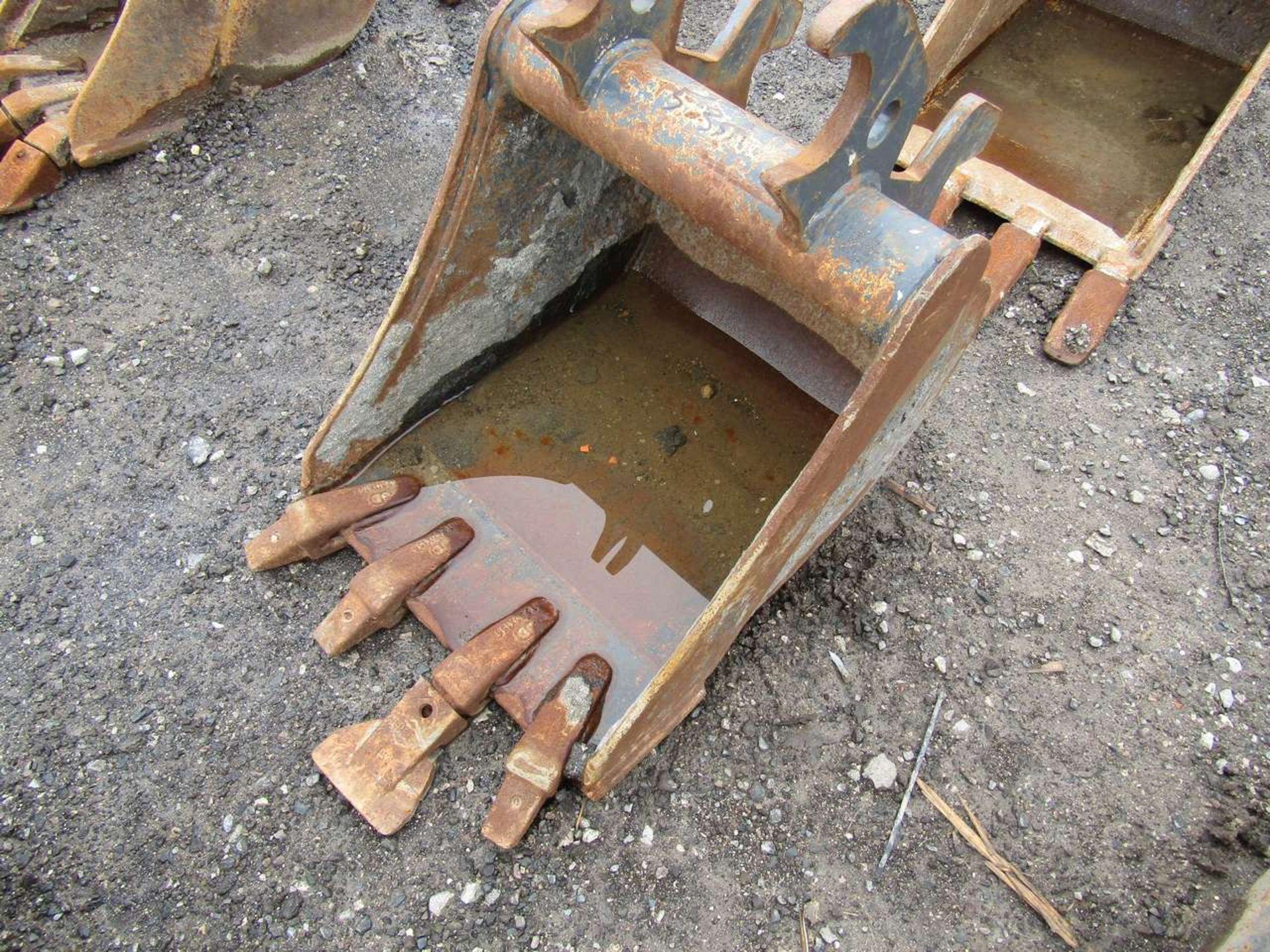 Lot 535 - Excavator Bucket
