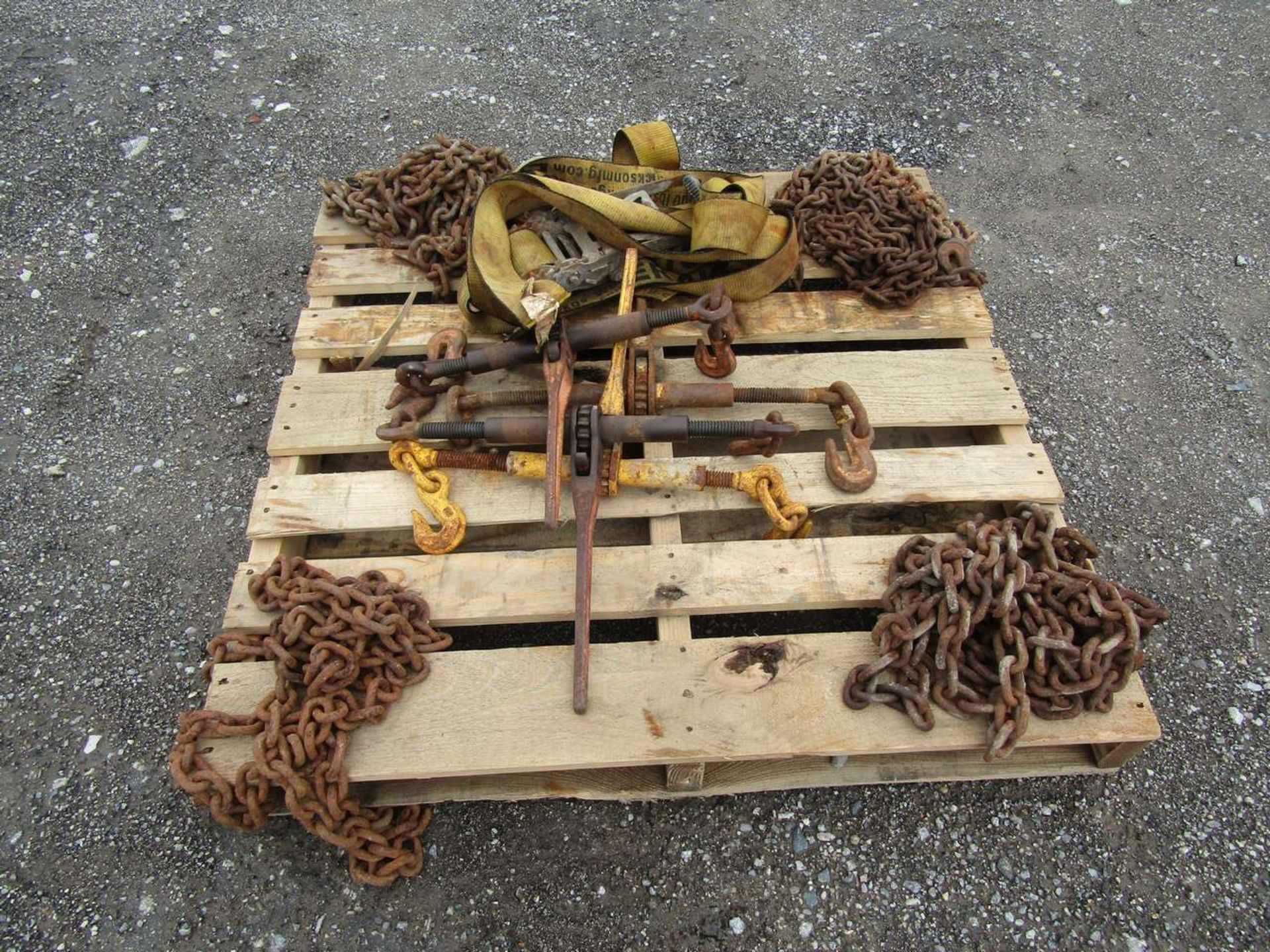 Lot 631E - Skid of Clamps and Chains For Trailers