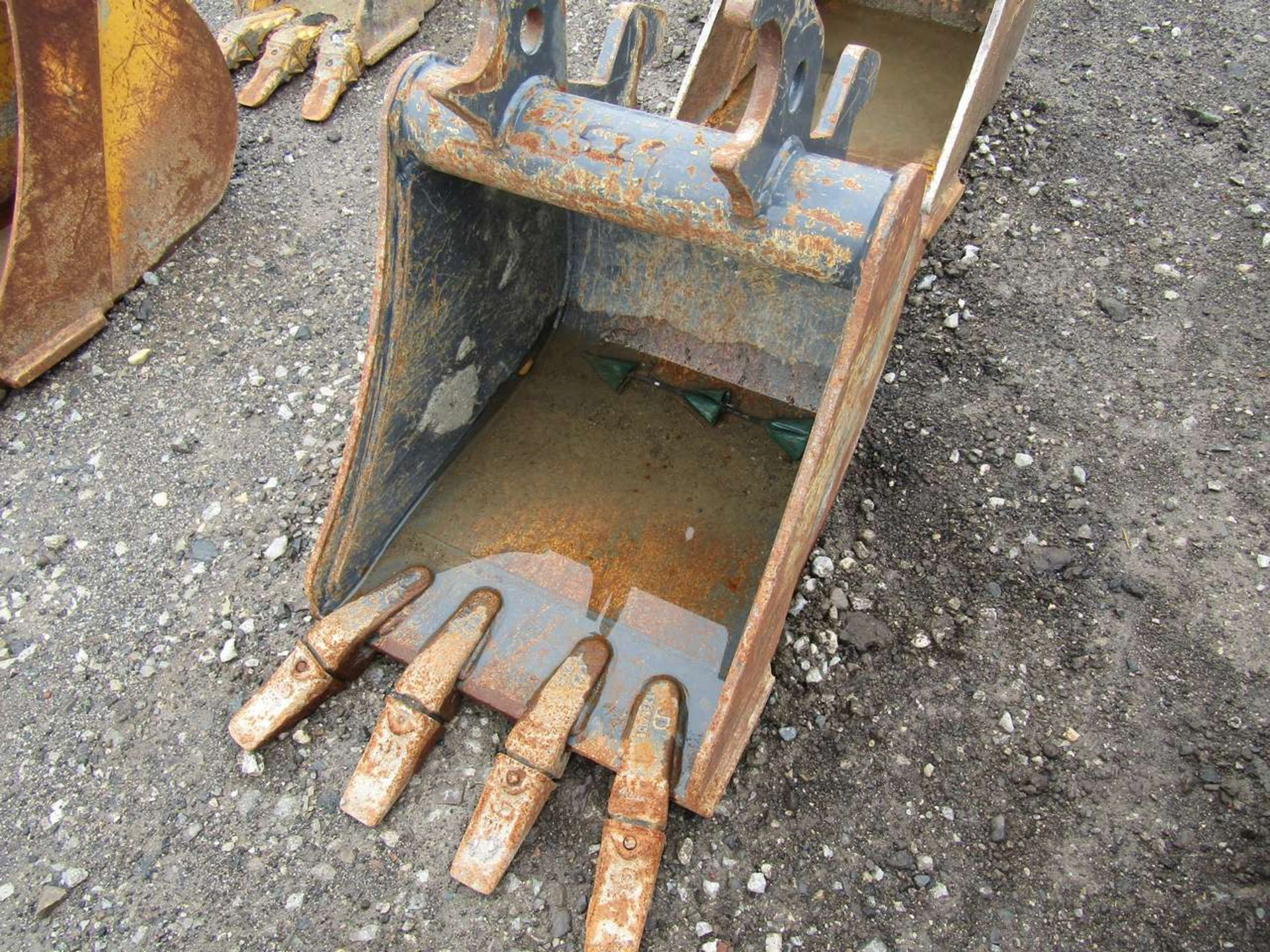 Lot 529 - Excavator Bucket