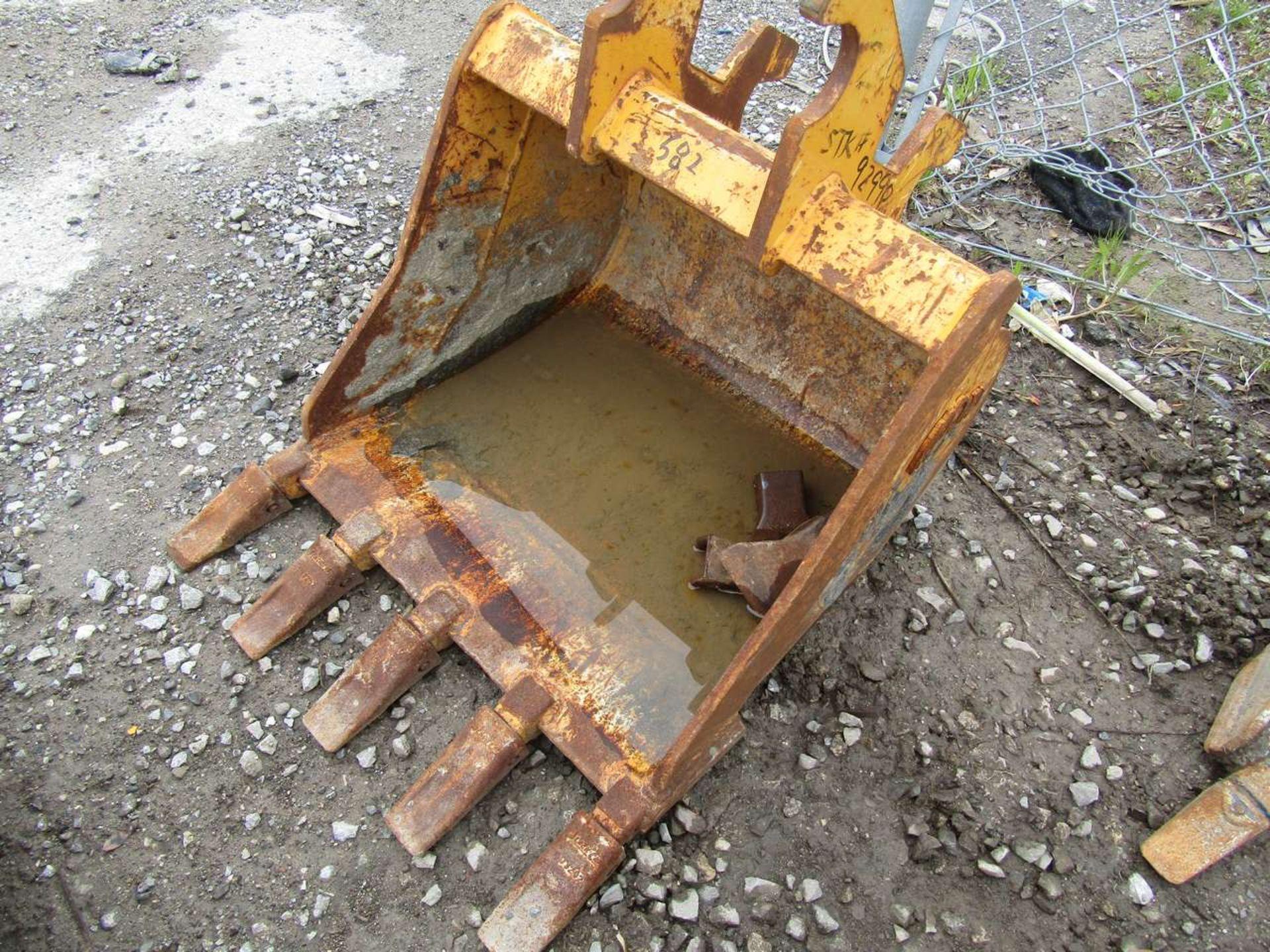 Lot 582 - Excavator Bucket