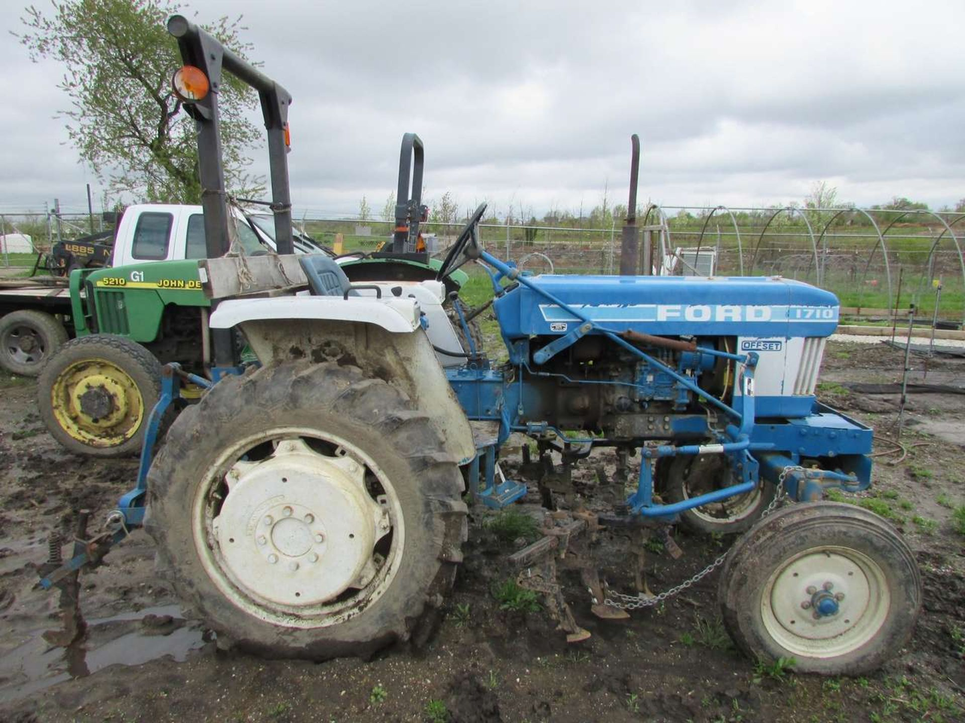 Lot 53 - Ford 1710 Tractor