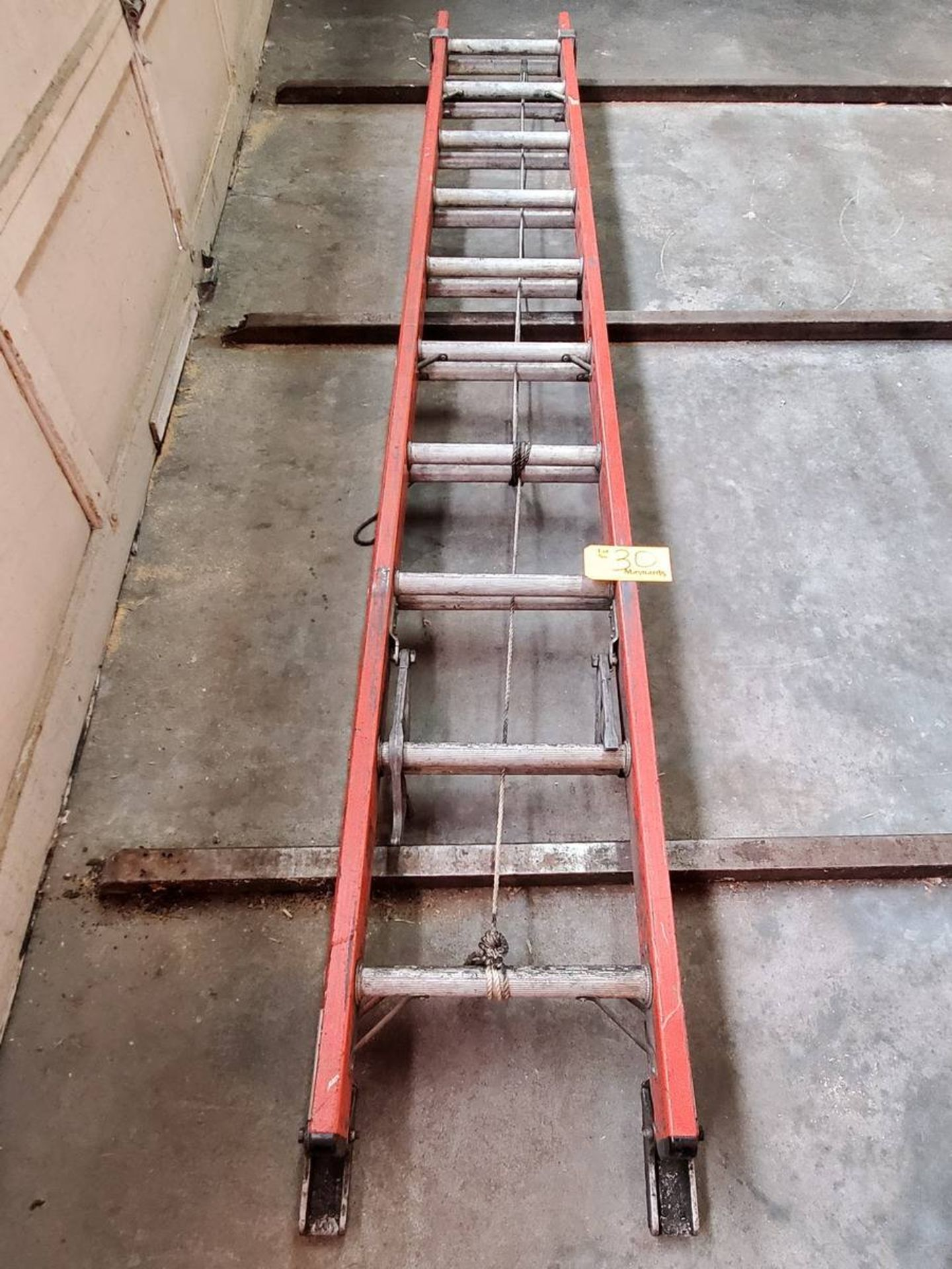 Lot 30 - Louisville Ladder