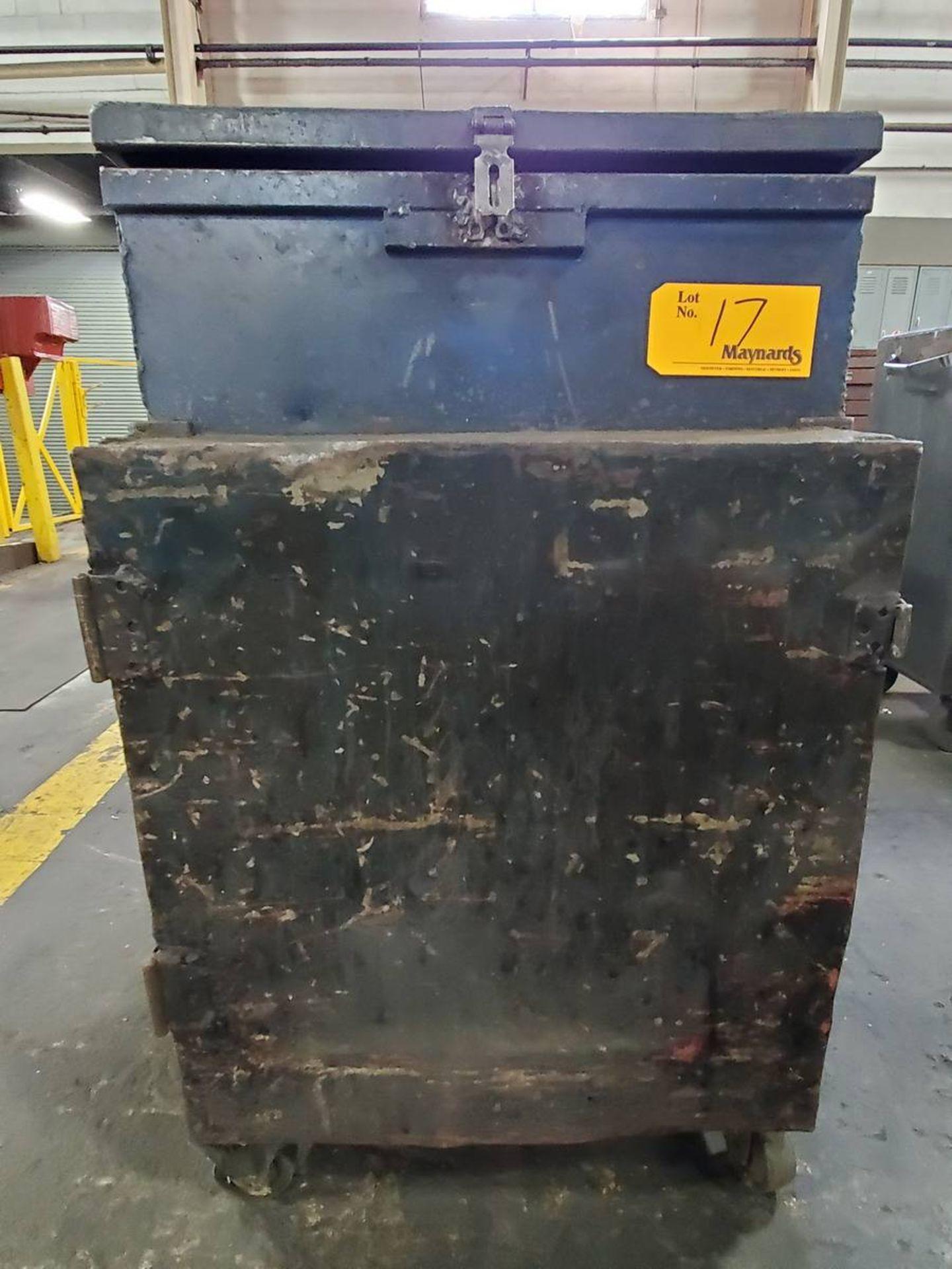 Lot 17 - Rolling 1-Door Toolbox