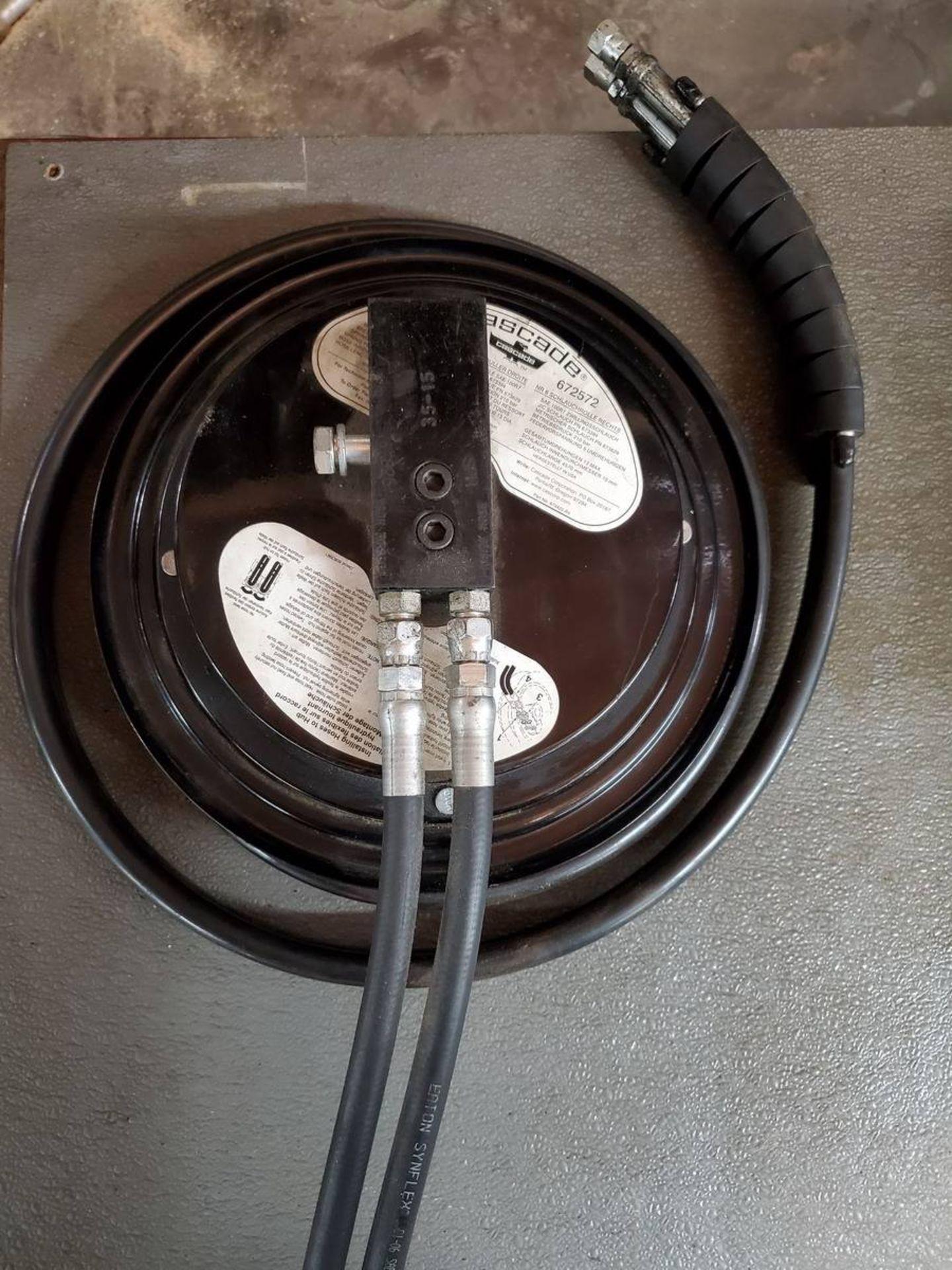 Lot 69 - Cascade Forklift Hydraulic Hose Reel