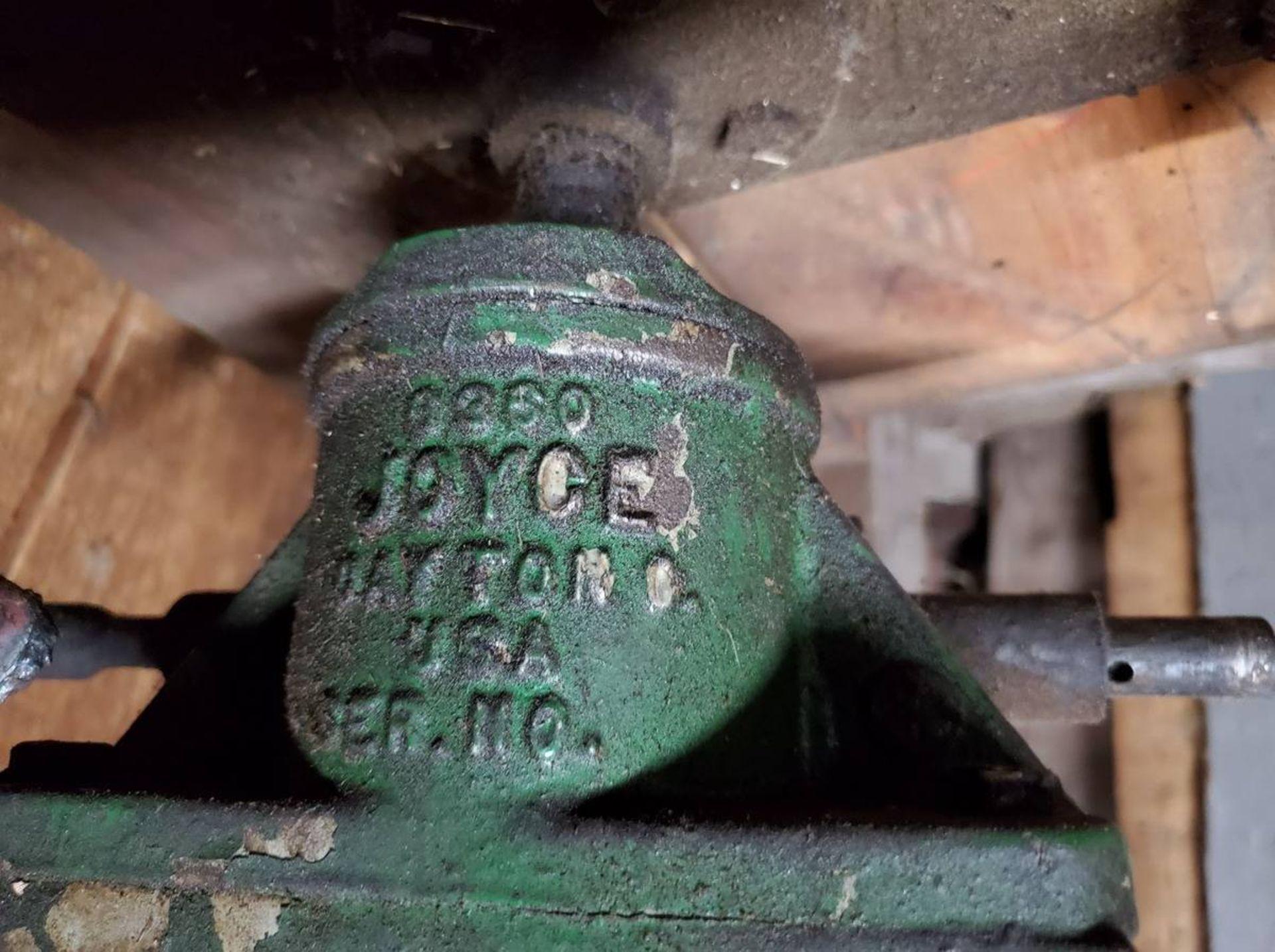 Lot 112 - Joyce Eaton Screw Jacks