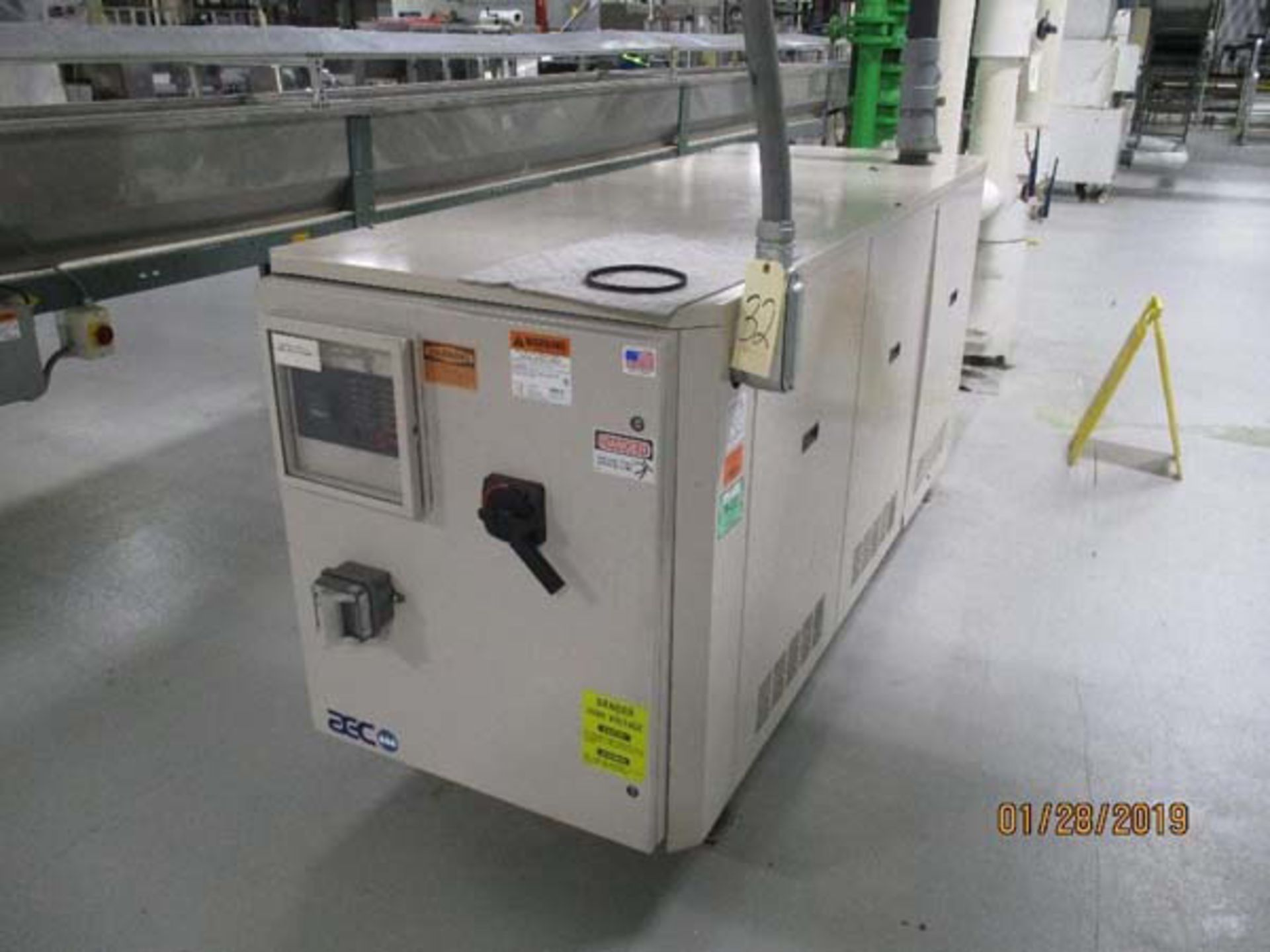 Lot 4 - AEC Refrigerated Water Chiller   30-Ton, Mdl: PSW-30, S/N: 35E0198 - 8467P