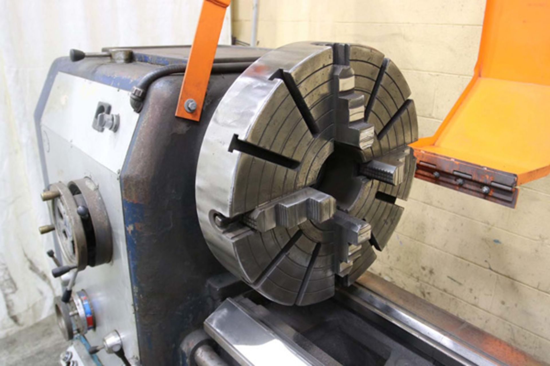 """Lot 17 - Lansing Engine Lathe 