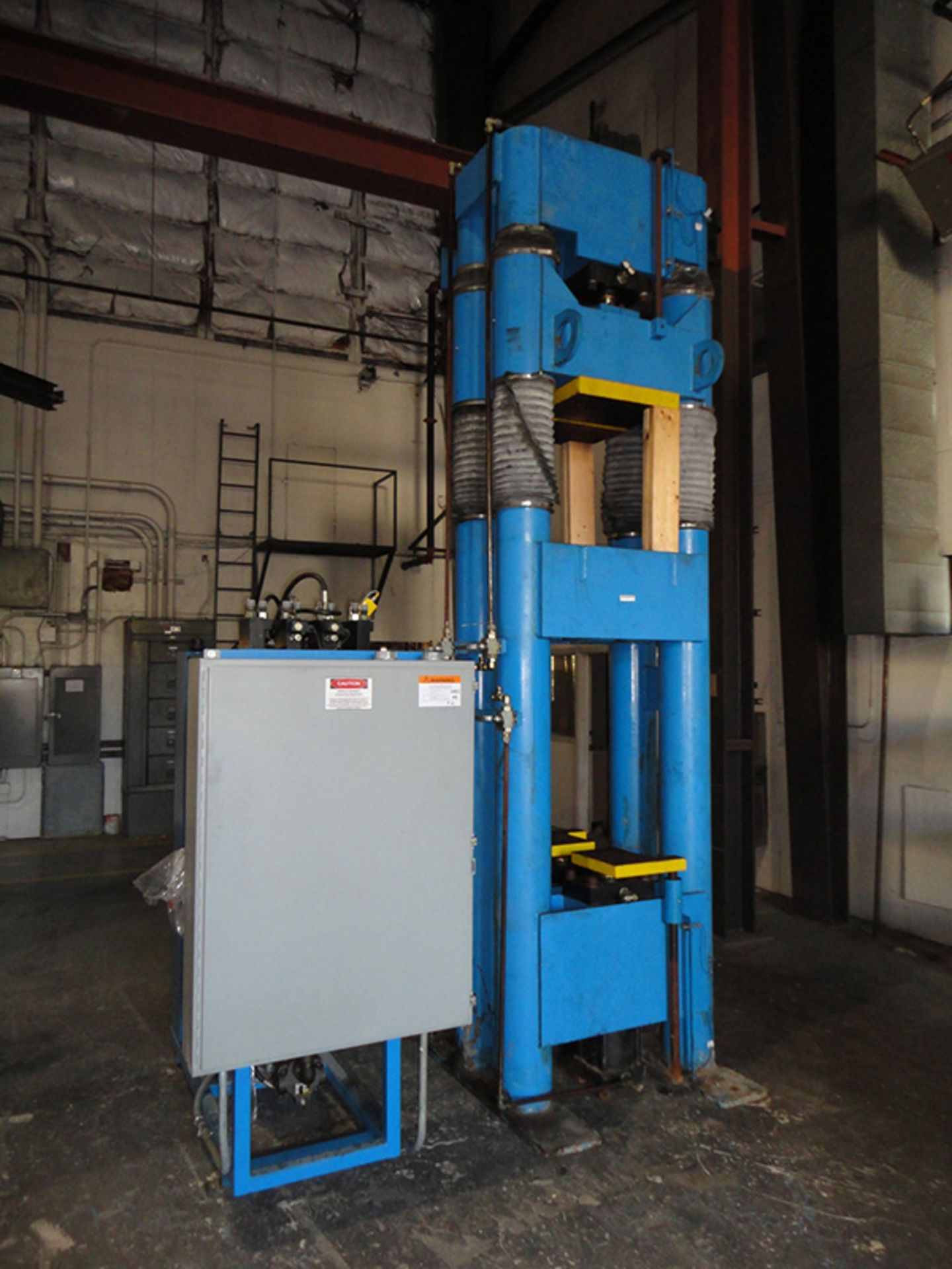 "Lot 22 - 2002 Beckwood Four Post Hydraulic Powder Compaction Press (Up & Down Acting) | 110-Ton x 12"" x 12"" x"